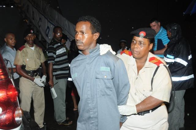 Cinq pirates somaliens remis aux autorités seychelloises