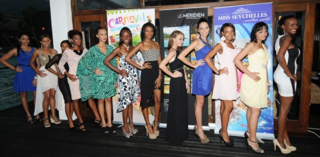 Aspiring beauty queens prepare to face crowds
