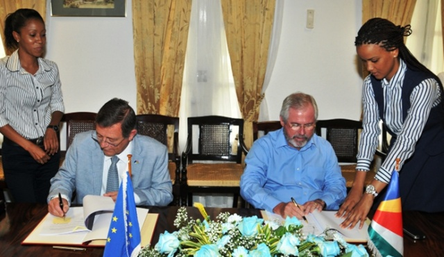 Seychelles gets 100 thousand euro EU grant