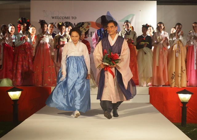 World-famous Korean Hanbok designer hosts 3rd Seychelles fashion show