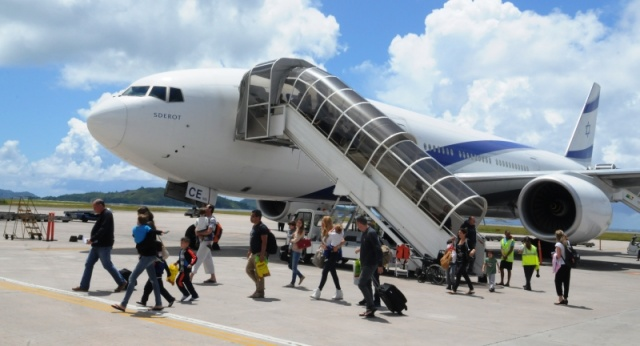 Chartered flights in 20 year partnership bring more Israeli tourists to Seychelles