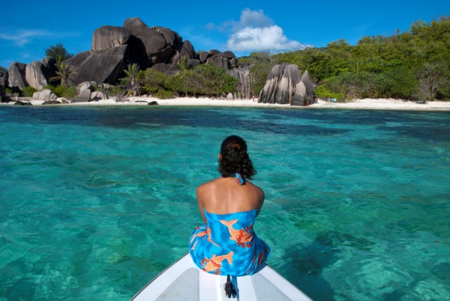French man spent 3 weeks on sailboat drifting in Seychelles waters