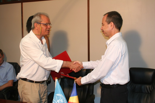 Prosecuting pirates - UNODC and Seychelles sign $300 thousand agreement