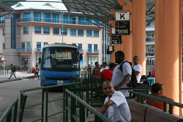 Nouveaux codes de couleurs pour le terminal de bus des Seychelles  ce week-end