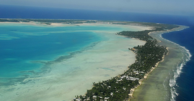 Kiribati votes to ban fishing in massive marine protected area