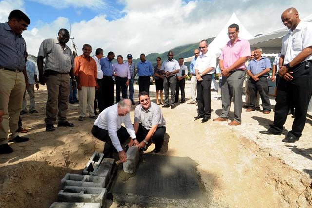 Le nouveau quai de l'île du Port.. l'économie bleue va devenir une réalité dit le ministre Sinon
