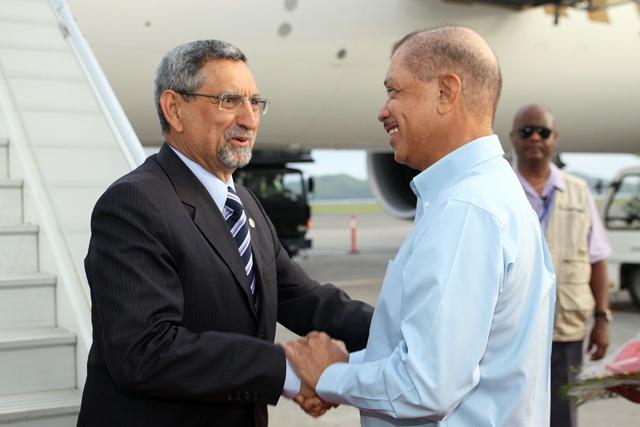 Bem-vindo ao Seychelles! Cabo Verde President arrives for state visit