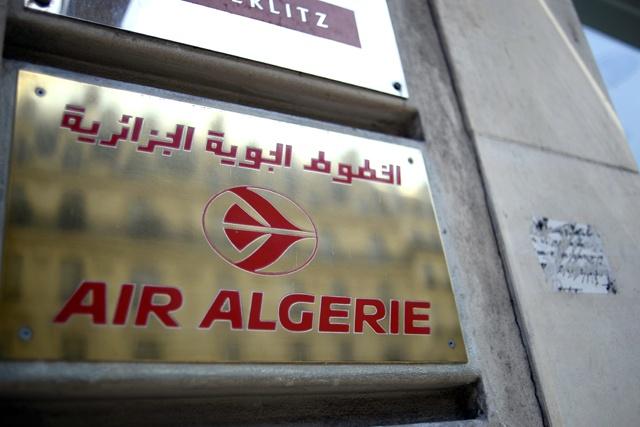 Disparition d'un avion d'Air Algérie avec 116 personnes à bord, dont 50 Français