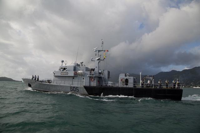 32 year old Seychelles patrol ship, Andromache, heads to Sri Lanka for major refit