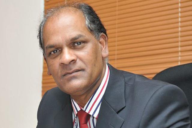 Le ministre St Ange - la mort du directeur de l'académie du tourisme de Maurice, survenue aux Seychelles, est regrettable.