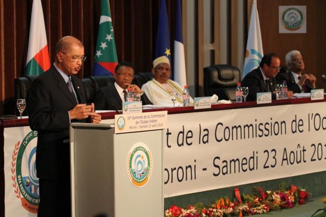 Le 4e Sommet de la COI a eu lieu ce samedi aux  Comores en présence du président des Seychelles James Michel.