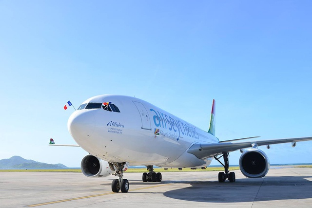 Air Seychelles business class and cabin crew service voted best in the Indian Ocean - World Travel Awards 2014