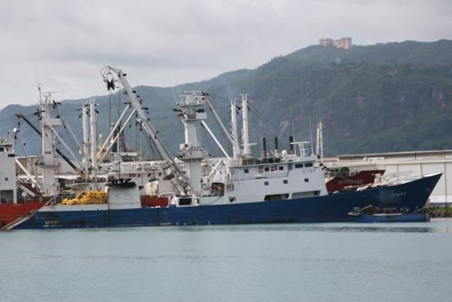 Un marin français meurt sur un thonier dans les eaux des Seychelles.