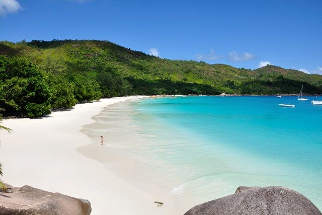 Seychelles rated highly by travellers – idyllic beach continues to impress visitors