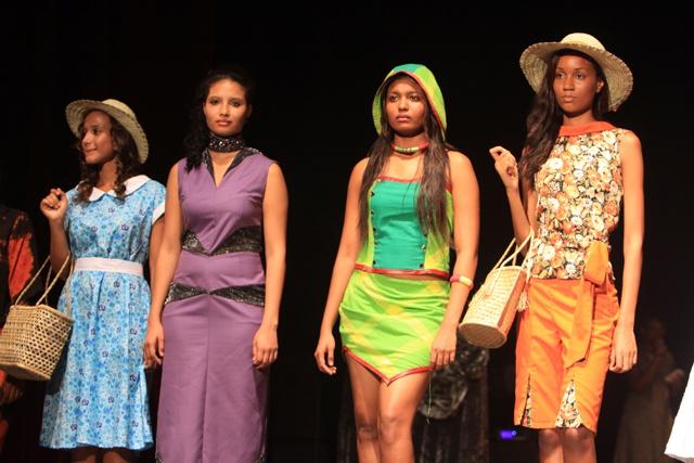 Les jeunes créatrices de mode des Seychelles laissent libre cour à leur créativité