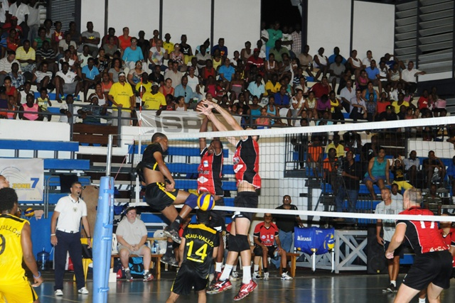 Regional volleyball tournament: Reunion, Seychelles and Mauritius teams battling in the semifinals today