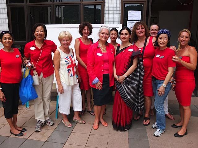 L'association des Épouses de Diplomates, DSA, aux Seychelles, se mobilisent pour apporter leur soutien aux  plus démunis