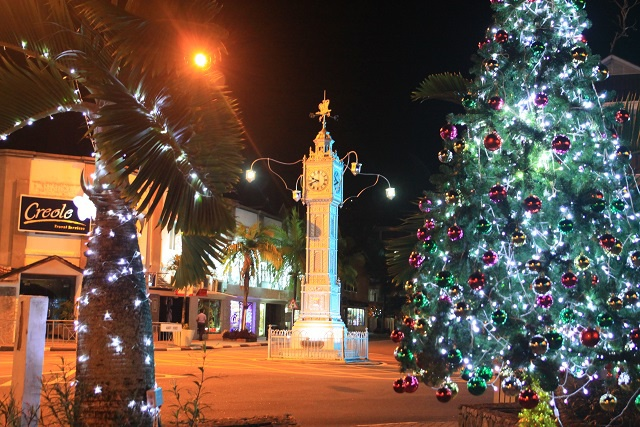 Jingle bells, jingle bells, jingle all the way! Seychelles capital Victoria alight with Christmas cheer
