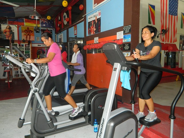 Time to ditch the spare tyre! Business booms for Seychelles gyms in first week of 2015
