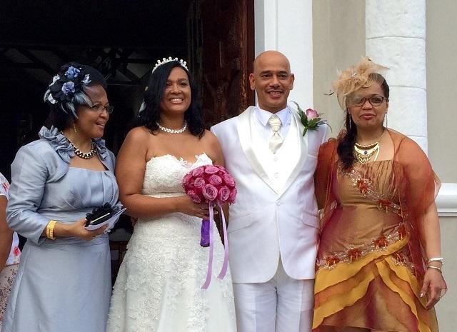 David Pierre, dirigeant de l'opposition à l'Assemblée nationale aux Seychelles, marié à l'église samedi dernier