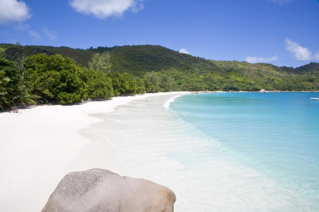 Seychelles guide books move into the future – now available on the App Store