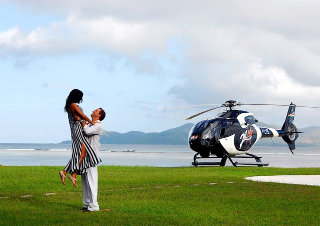 Romance really is in the air! Seychelles helicopter company helps tourist to pop the big question
