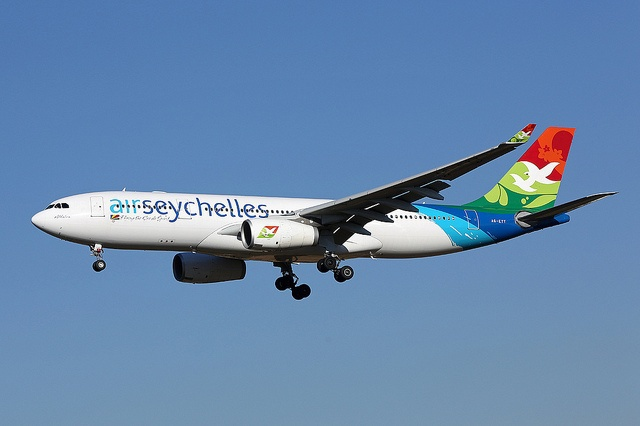 Opening up the Seychelles skies for more flights from Italy - Aviation agreement renewed