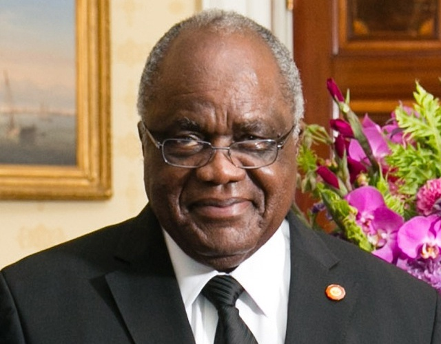 President Pohamba's day in the sun - Retiring Namibian leader wins 2014 Ibrahim Prize