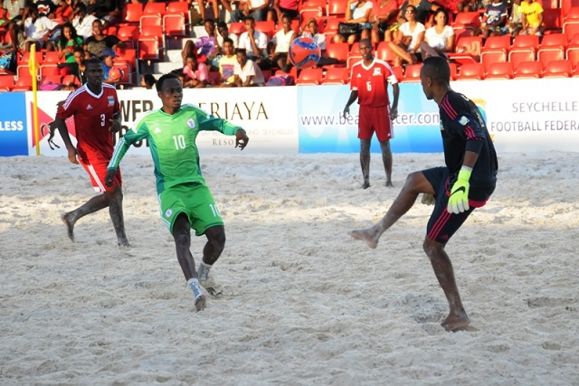 Good start for Nigeria, Senegal, Cote D'Ivoire and Madagascar as the CAF beach soccer championship gets underway in Seychelles