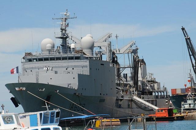 Le commandant de la force opérationnelle interalliée 150 salue la sécurité du port des Seychelles, mais il met en garde contre l'excès de confiance.