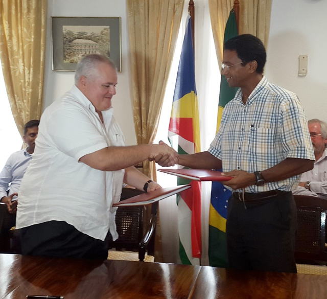 Targeting the South American tourist market: Seychelles signs air agreement with Brazil