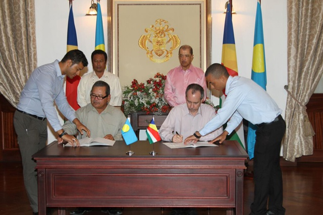 An example of small islands cooperation: Seychelles and Palau formalize future collaboration