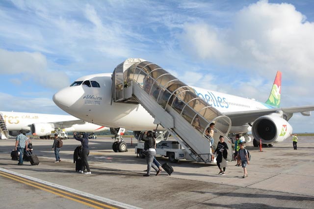 Bilateral agreements signed to create a 'more vibrant' air services market in Seychelles