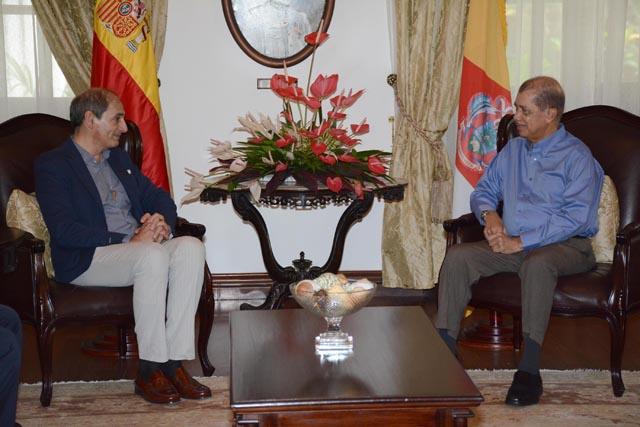 Le nouvel ambassadeur d'Espagne souhaite promouvoir la culture de son pays aux Seychelles au cours de son mandat.