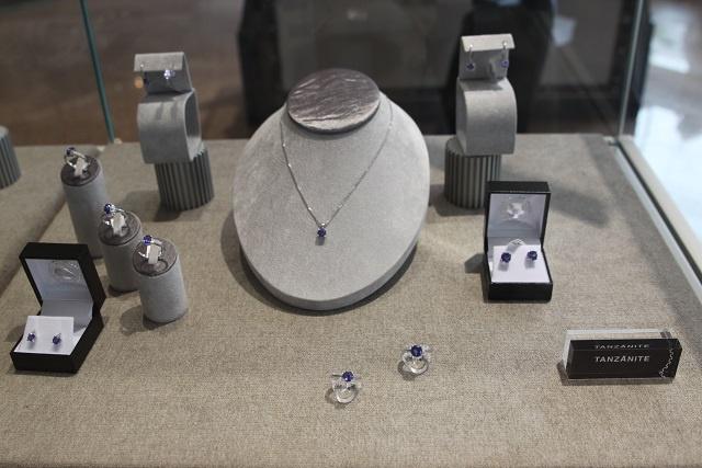 Des nouveaux bijoux au cœur de Victoria : une bijouterie sud-africaine a  choisi les Seychelles pour ouvrir son premier magasin