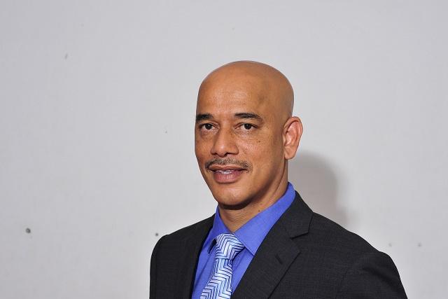 « Pour moi, la chose la plus importante, c'est la responsabilité qu'on a, en étant Président d'un pays » - Interview de David Pierre, candidat à la Présidentielle des Seychelles