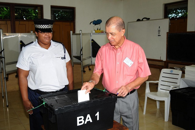 Incumbent President James Michel first candidate to cast vote in Seychelles 2015 presidential elections