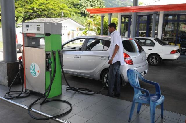 Les automobilistes aux Seychelles pourraient bénéficier de la baisse du prix du pétrole