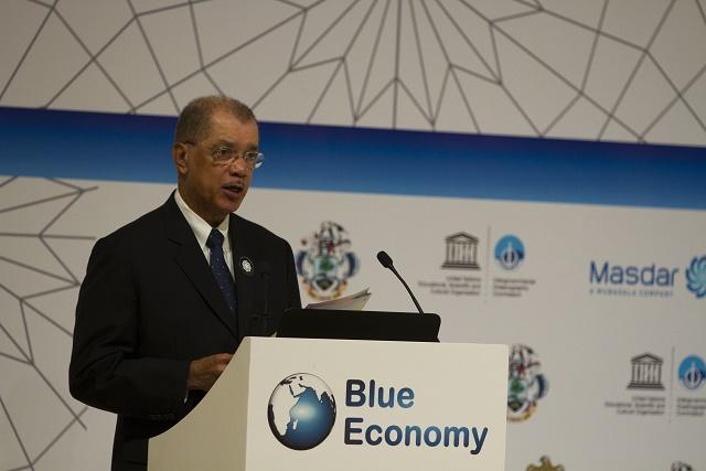 'No man an island,' Seychellois president tells Blue Economy summit