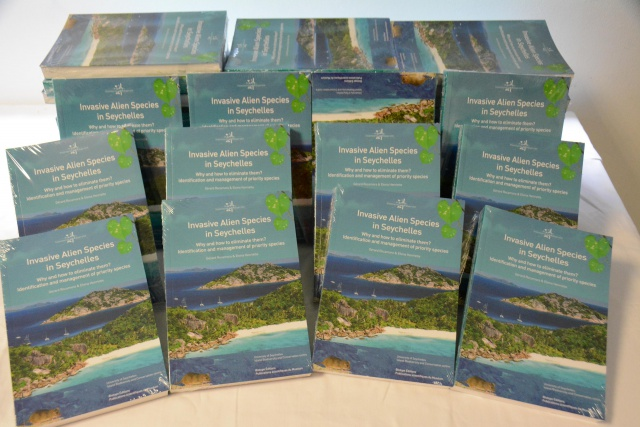 Seychelles gets first-of-its-kind book on invasive plants