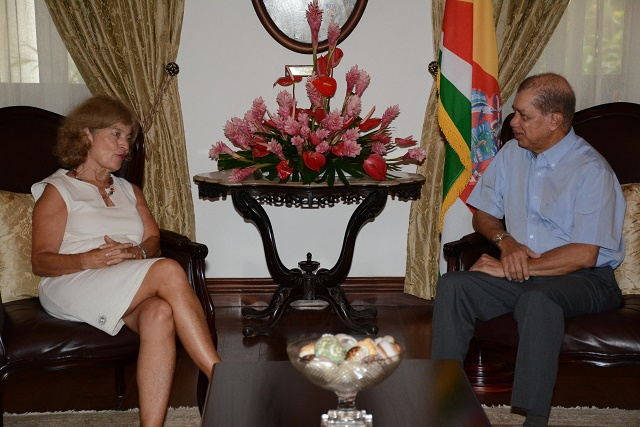 "Outgoing US ambassador ""very optimistic"" about Seychelles' youth"