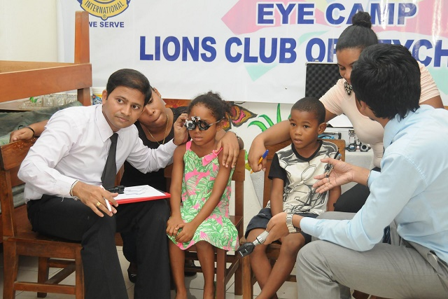 Strong eyes, good grades? Seychelles' students get free eye exams