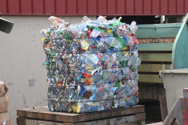 Le tri des déchets ménagers bientôt introduit aux Seychelles.