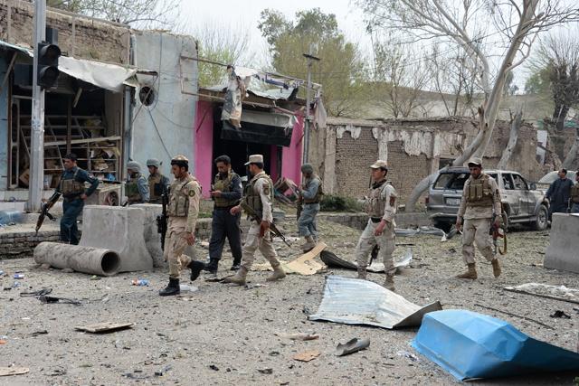 """Afghanistan: le """"retrait tactique"""" de l'armée alimente la peur de l'instabilité"""