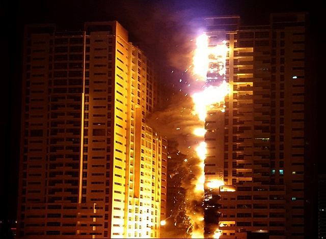 Fire engulfs UAE residential towers