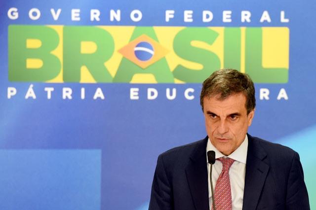 Brazil lawmakers authorize Rousseff impeachment trial