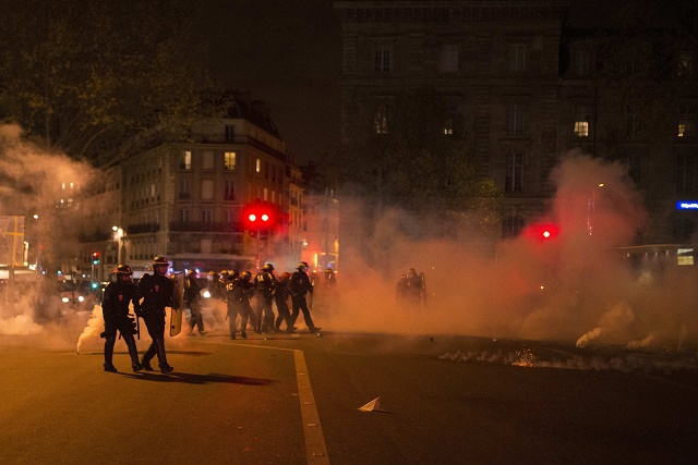 France : violents affrontements pendant des manifestations, des dizaines de blessés