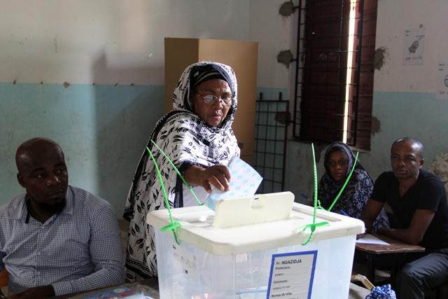 Comores: élection présidentielle partielle fixée au 11 mai