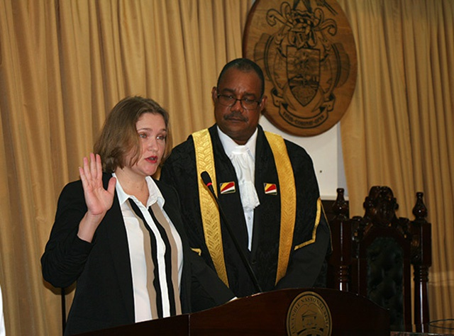 New National Assembly opposition leader sworn in after Pierre resigns