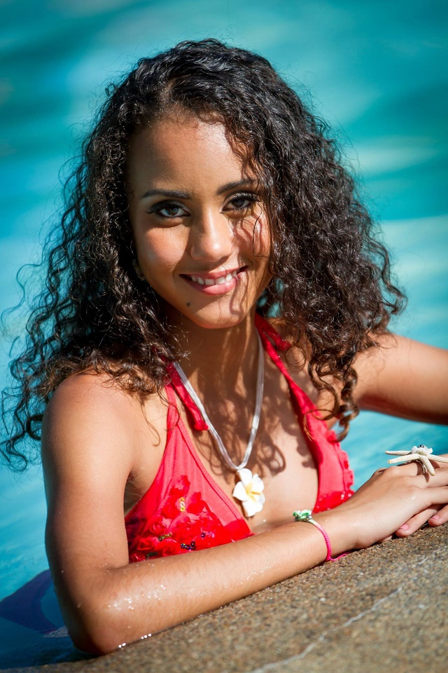 Miss Seychelles contestant Hemma Hoffman reaches out to youths with low self-esteem